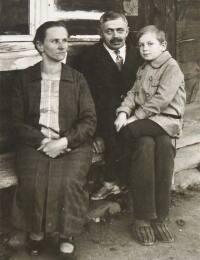 Gäbler, Paula und Julius mit Sohn Julius